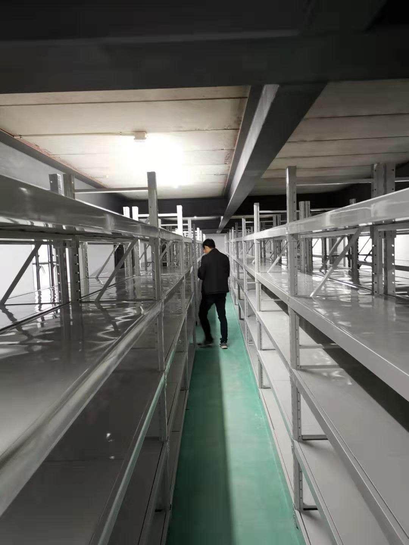 湖南湘西某科技公司200组中型层板货架